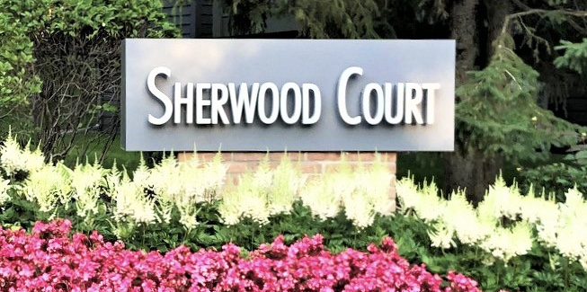 Sherwood Court – Minnetonka