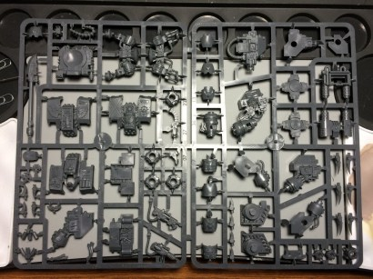 On a single sprue we get the Dreadnought.