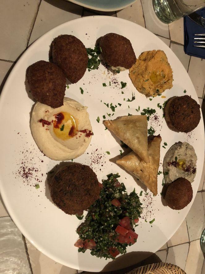 Falafel, hummus, calabaza...