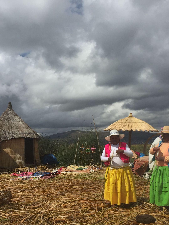 Familia en Lago Titicaca