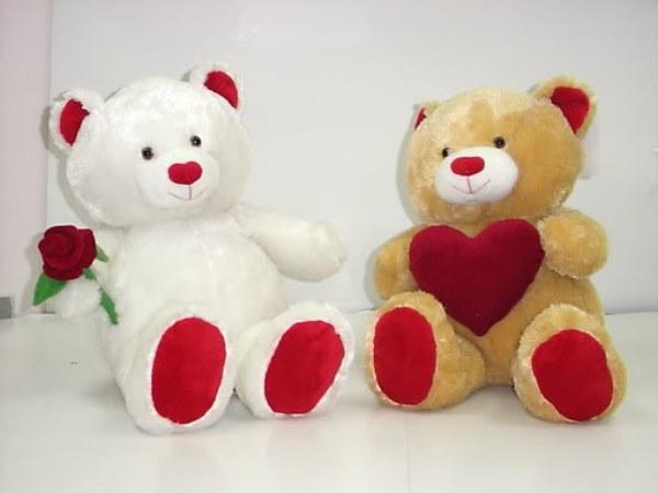Pembuatan Boneka Valentin untuk Pacar - Panda