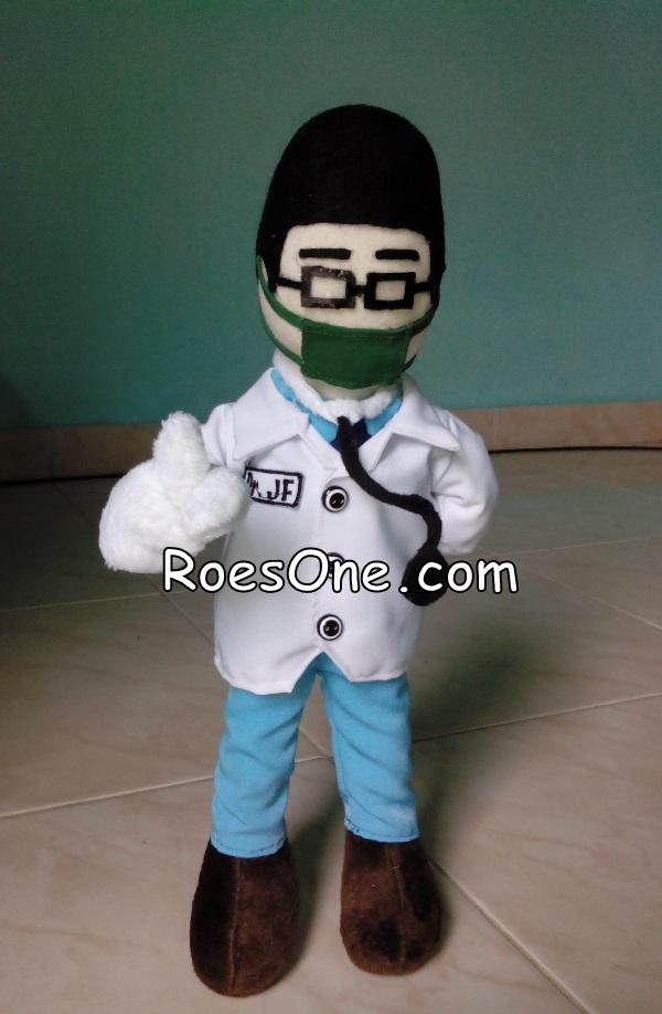 Boneka Maskot Dokter untuk Kampanye Anti Junk Food