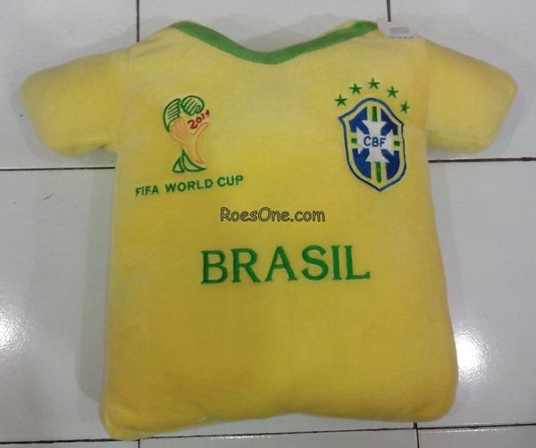 Bantal Boneka Piala Dunia Jersey Timnas Brasil 2014
