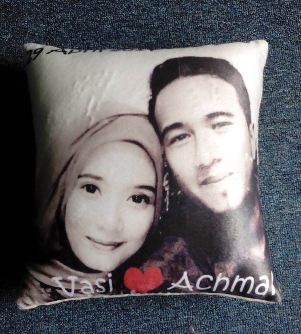 Souvenir Bantal Couple Wedding Pernikahan