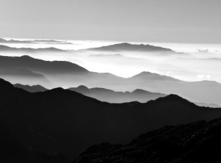 Grey montains