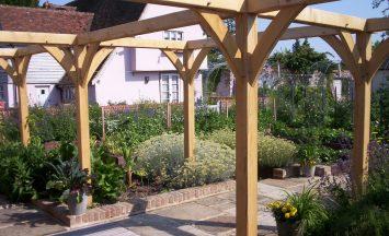 Oak Pergolas Roger Platts Garden Design And Nurseries
