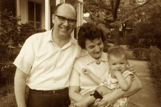 Alan W. and Elinor Smith with granddaughter
