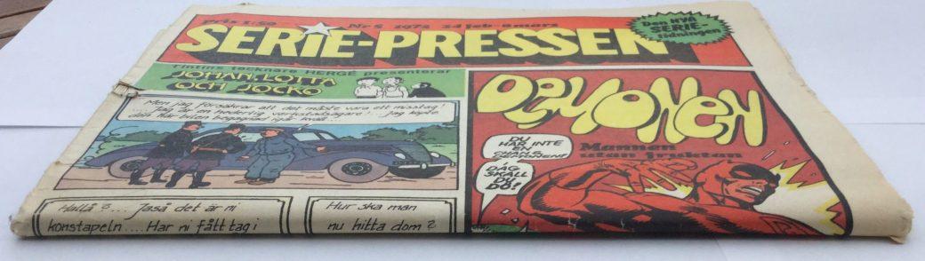 Serie-Pressen i tabloidformat veks ihop på mitten