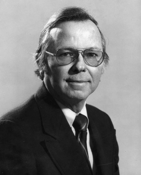 Bill Yates skev manus till Rödöga efter att Gordon Bess slutat.