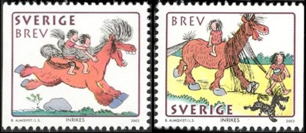 Två frimärken med hästen Hårfagre (2002). ©PostNord