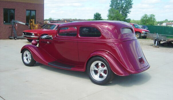 1934 Ford Vicky |