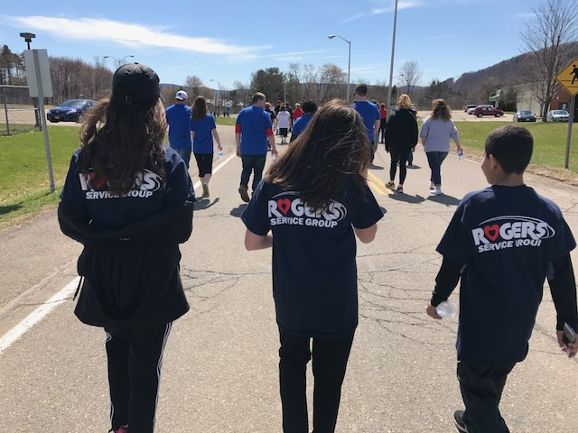 Rogers Participates in Heartwalk