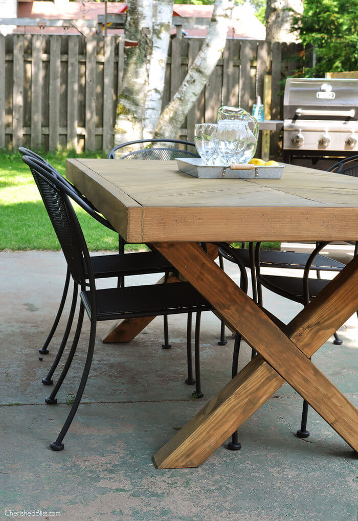 How To Build A Farm Table With Removable Legs