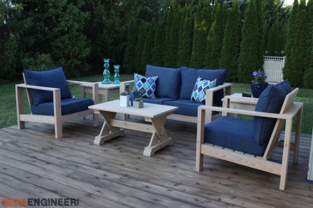 Outdoor side table (3)