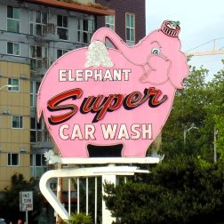 The Pink Elephant carwash sign is an iconic roadside attraction that the RogueTrippers had to find when in town for their short visit.