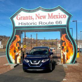 Roguetrippers took a Route 66 Roadtrip in their Nissan Rogue in 2017.