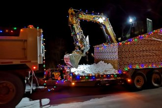 Christmas-Parade-of-lights-Nova-Scotia-Holidays