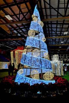 Christmas-Tree-Lights-Halifax-roguetrippers