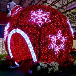 Giant-Christmas-Ornament-Halifax-Glow-Festival