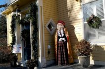 Roguetrippers-visit-Father-Christmas-Festival-Mahone-Bay