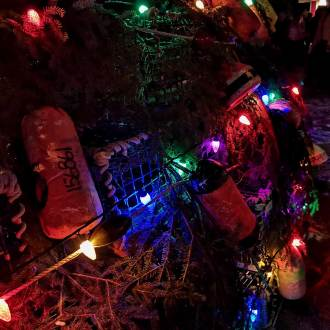 lobster-trap-christmas-tree-lighting-nova-scotia