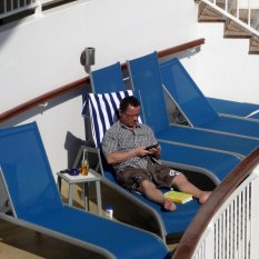 Relax-by-the-pool-stay-aboard-cruiseship