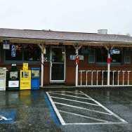 Dans-Clam-Shack-cheap-restaurant-roguetrippers