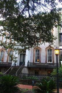Architecture-Savannah-lady-Chablis-house