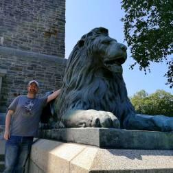 Lion-Statue-Sanford-Fleming-Park-Halifax-hiking