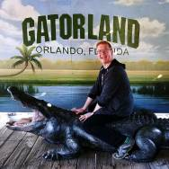 On a day trip to Orlando, Roguetrippers visit Gatorland