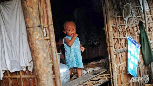 World looks the other way as human beings starve in Arakan's capital