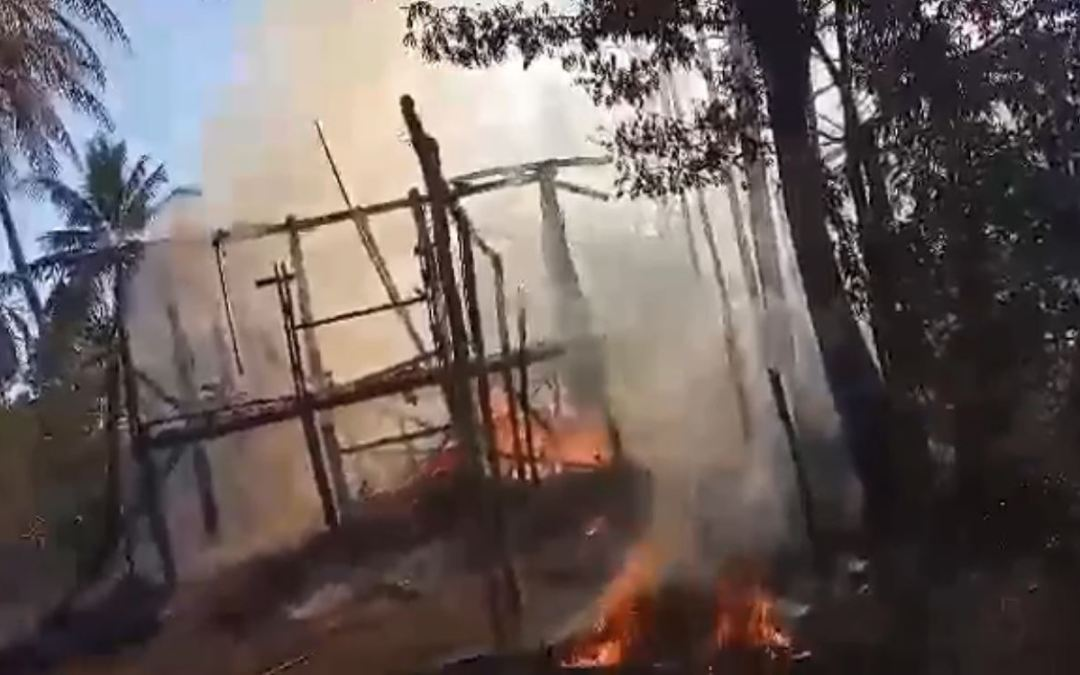Military burned down two houses in  San They Pyin village, #Rakhine, Myanmar