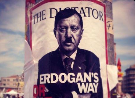 La solución a los problemas internos de Turquía no puede pasar por destruir Kurdistán