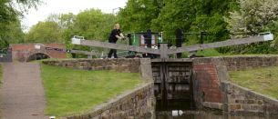 Nb Sambec Wren at Stret Lock