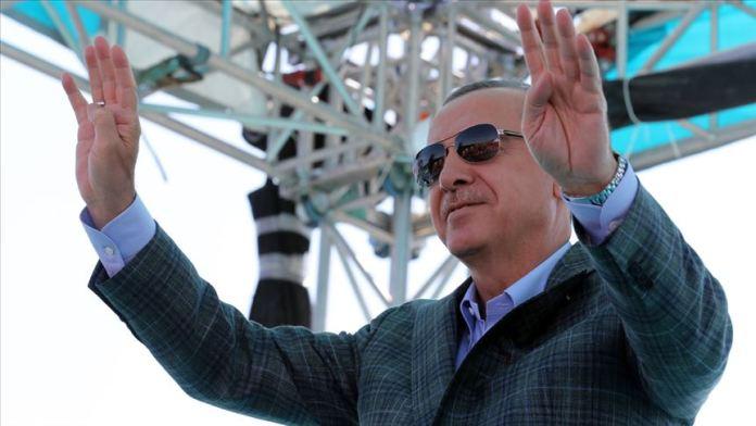 Syrie: Erdogan menace d'envahir l'est de l'Euphrate