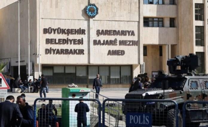 Les pages en kurde supprimées du site internet de la municipalité de Diyarbakir