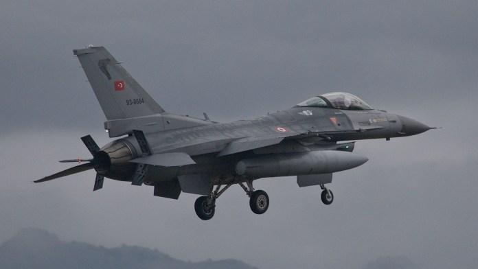 L'aviation turque bombarde à nouveau le Kurdistan Irakien