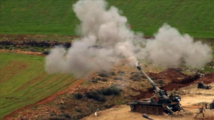 L'armée turque vise les lieux d'habitation à Girê Spî