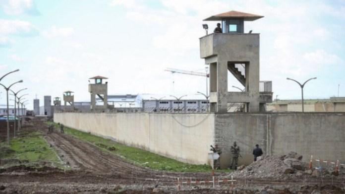 Des membres de l'EI transférés dans des cellules de prisonniers politiques à Diyarbakir