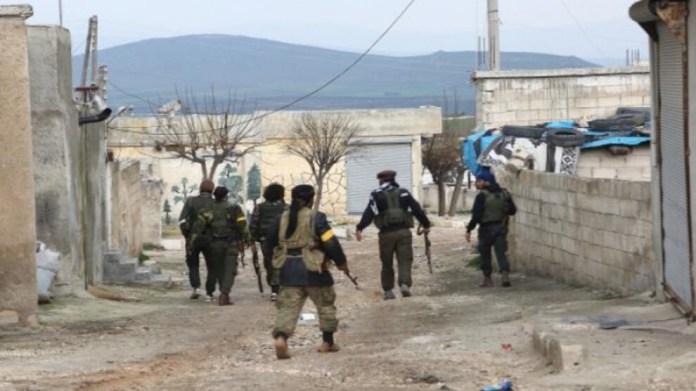 Dans la région d'Afrin occupée par la Turquie, l'armée turque et ses mercenaires djihadistes ne permettent pas aux yézidis qui ont migré du village de Baflune à Shera de retourner sur leurs terres.