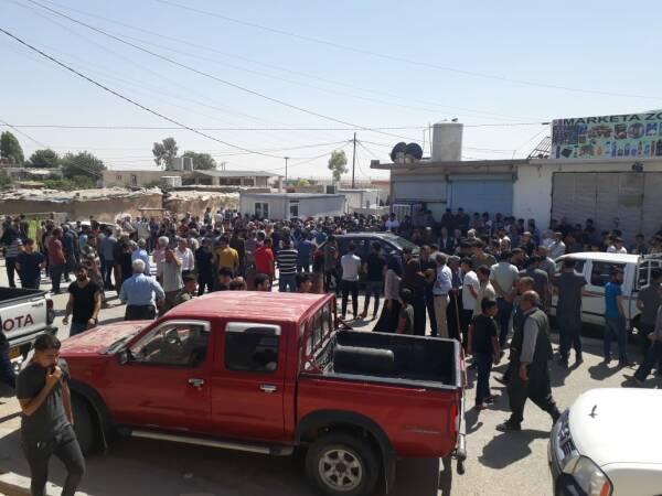 Trois personnes ont été tuées et deux autres blessées à la suite d'un bombardement de l'aviation turque dans le camp de réfugiés kurdes de Makhmour, au Sud-Kurdistan (Irak).