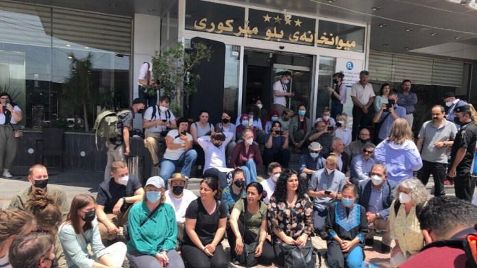 Les forces irakiennes ont refusé à une délégation internationale l'accès au camp de réfugiés de Makhmour, ainsi qu'à la ville de Shengal, au Sud-Kurdistan (nord de l'Irak).
