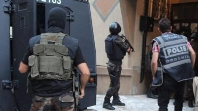 La police turque a procédé ce mardi matin à une nouvelle opération massive d'arrestations politiques : au moins 100 personnes ont été visées