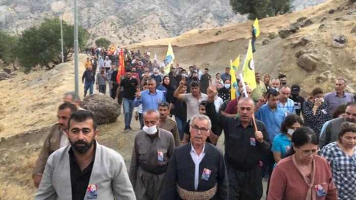 Yasin Bulut, membre du Comité de solidarité avec les familles des martyrs du PKK, tué lors d'une attaque armée à Sulaymaniyah, a été enterré après une cérémonie à Qandil, dans le sud-Kurdistan (Irak).