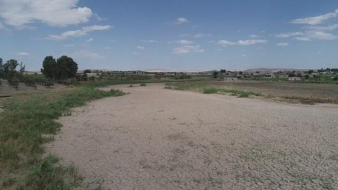 Violant les accords internationaux, la Turquie a considérablement réduit le débit d'eau de l'Euphrate pour déstabiliser le nord de la Syrie