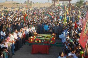 YPG-Guerillas.Funeral-ceremony-8
