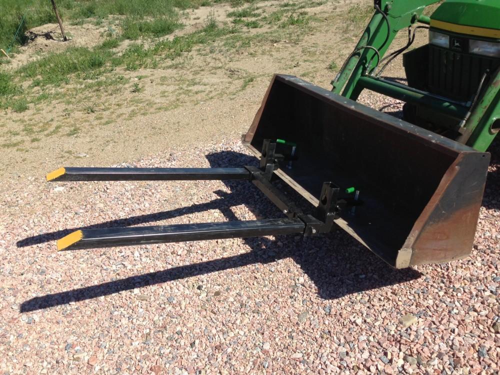 Clamp on Loader Bucket Skidsteer Tractor Pallet Fork 1500lbs Capacity Heavy  Duty