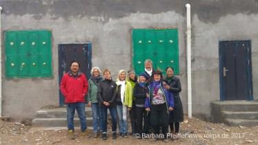 Besichtigung der neuen Praxis mit Reisegruppe aus Deutschland