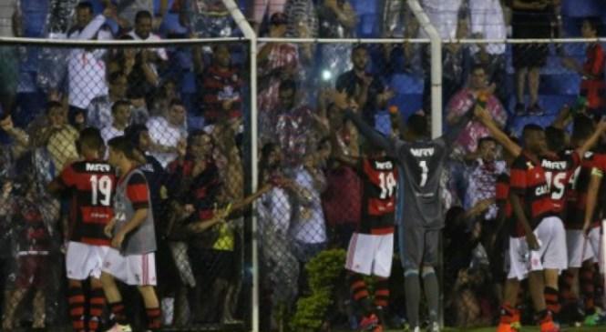 Flamengo goleia o Nacional-SP e está na terceira fase da Copinha