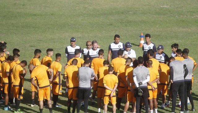 Remo quita parte dos salários e jogadores voltam a treinar no Baenão